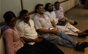 Participants at the Asia ICT policy consultation <br /> in Dhaka take a break. Photo: Cheekay Cinco.