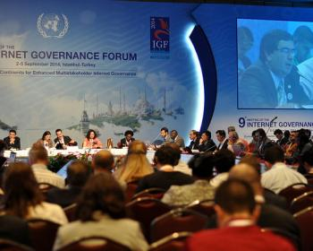 """Réflexions d'APC à propos du 9è Forum sur la gouvernance de l'internet : """"Connexions et déconnexions"""""""