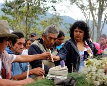 Polarización y deshumanización: dos claves para entender el asesinato de Berta Cáceres