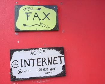 Inside the digital society: Digital divide or digital continuum?