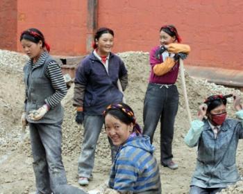 New GenderIT.org edition: Gender, Labour, Technology