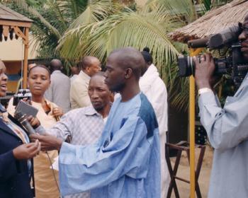 Catalizar el acceso a las TIC en África (CATIA)
