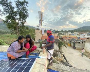 Conectar lo no conectado: apoyo a las redes comunitarias y otras iniciativas de conectividad con base en la comunidad