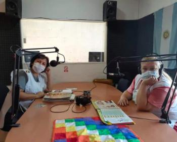 Educación popular en la pandemia: radios comunitarias en Argentina llevan la escuela a barrios con reducida conectividad