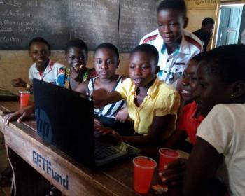 Wireless Ghana: triunfo sobre la distancia y el tiempo