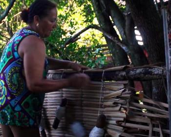 Trabajo doméstico y falta de liderazgo de las mujeres en las redes comunitarias