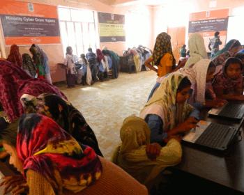 Autonomisation numérique des filles dans l'Inde rurale