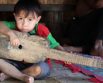 Coconet: Singing about global issues and COVID-19 with the Marapu community