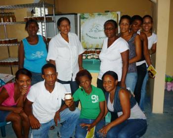 Women who belong to the Cienaga Cooperative for Development