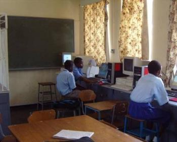 ConnectAfrica - Kwayedza Secondary School wifi project - Students Using the Network