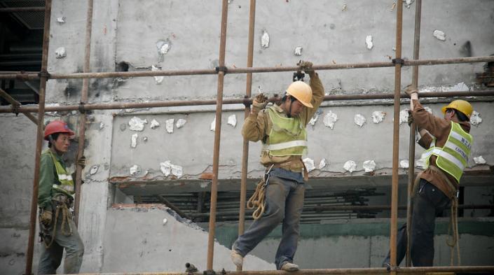 """Imagen: """"Trabajadores"""", dethepismire, bajo Creative Commons [www.flickr.com/photos/thepismire/]"""