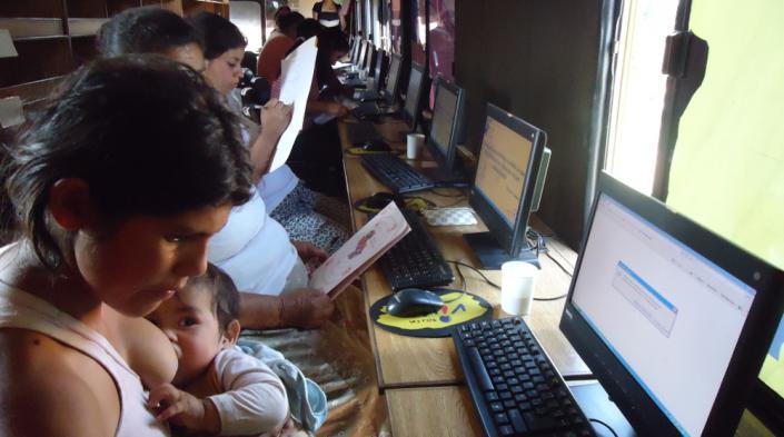 Photo: Radio Viva, Paraguay